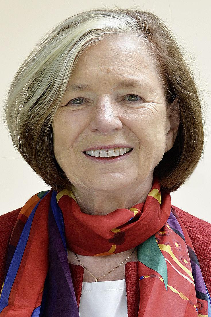 Présidente Prof. Ursula Männle, ancienne ministre d'État